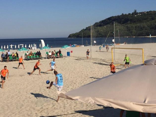 Beach soccer!!